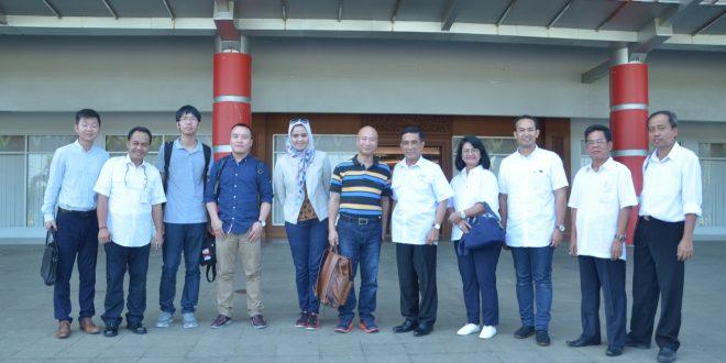 Kunjungan-tim-dari-ZZTY-Lighting-Technology-Co-1-di JSC Jakabaring Palembang